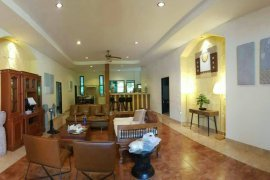 5 Bedroom House for sale in Rawai, Phuket