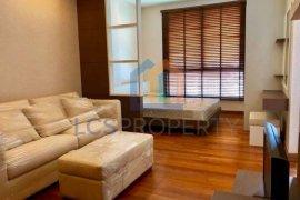 1 Bedroom Condo for sale in Silom, Bangkok near BTS Chong Nonsi
