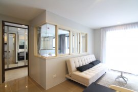 1 bedroom condo for sale or rent in Mirage Sukhumvit 27 near BTS Asoke