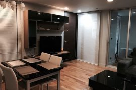 2 Bedroom Condo for Sale or Rent in Quad Silom, Silom, Bangkok near BTS Chong Nonsi