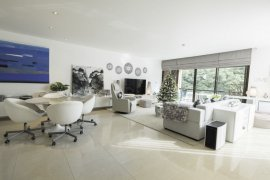 3 bedroom condo for sale in Baan Ananda