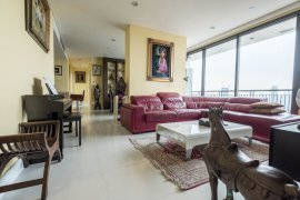 3 bedroom condo for sale in Aguston Sukhumvit 22