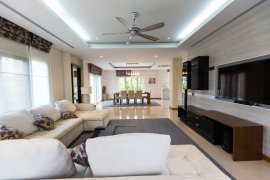 4 Bedroom House for Sale or Rent in Nong Khwai, Chiang Mai