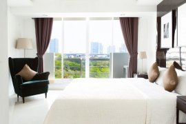 2 bedroom condo for sale in The Waterford Sukhumvit 50 near BTS On Nut