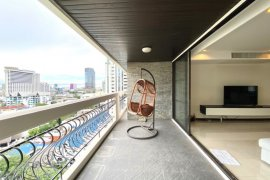3 Bedroom Condo for sale in Prime Mansion One, Khlong Toei Nuea, Bangkok near MRT Phetchaburi