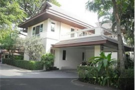 4 Bedroom House for rent in Bangkok near BTS Thong Lo