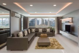 3 Bedroom Apartment for rent in AASHIANA Sukhumvit 26, Khlong Tan, Bangkok near BTS Phrom Phong