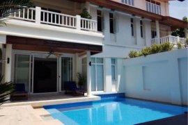4 Bedroom House for rent in Khlong Toei Nuea, Bangkok near MRT Sukhumvit