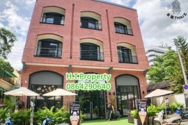 6 Bedroom Commercial for Sale or Rent in Suthep, Chiang Mai