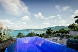 1 Bedroom Condo for sale in Bayview Paradise, Patong, Phuket