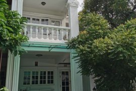 4 Bedroom Townhouse for rent in Khlong Tan Nuea, Bangkok near BTS Thong Lo
