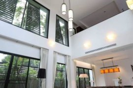 3 Bedroom House for rent in Khlong Toei, Bangkok near BTS Nana
