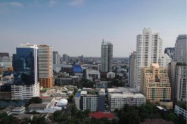3 Bedroom Condo for Sale or Rent in Regent on the Park 2, Phra Khanong, Bangkok
