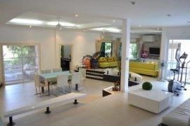 4 Bedroom House for Sale or Rent in Central Pattaya, Chonburi