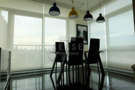 2 Bedroom Condo for Sale or Rent in The Height, Khlong Tan Nuea, Bangkok
