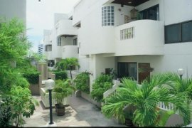 5 Bedroom Townhouse for rent in SanguanSap Mansion, Yan Nawa, Bangkok near BTS Sueksa Witthaya