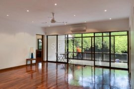 5 Bedroom House for rent in Sathon, Bangkok near BTS Chong Nonsi