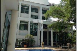 3 Bedroom House for rent in Victory Monument Condominium, Thanon Phaya Thai, Bangkok near BTS Victory Monument