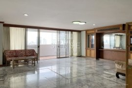 4 Bedroom Condo for sale in D.S. Tower 1 Sukhumvit 33, Khlong Tan Nuea, Bangkok near BTS Phrom Phong