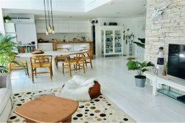 3 Bedroom House for sale in Serene Place Sukhumvit 24, Khlong Tan, Bangkok near BTS Phrom Phong