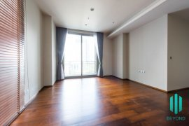 2 Bedroom Condo for sale in Quattro by Sansiri, Khlong Tan Nuea, Bangkok near BTS Thong Lo