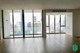 3 Bedroom Condo for sale in KRAAM Sukhumvit 26, Khlong Tan, Bangkok