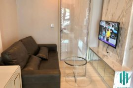 1 Bedroom Condo for sale in Life One Wireless, Lumpini, Bangkok
