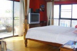 3 Bedroom Condo for rent in Khlong Tan Nuea, Bangkok
