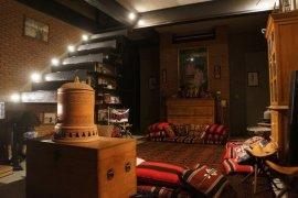 7 bedroom villa for sale or rent near BTS Ekkamai