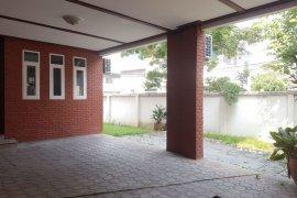 4 Bedroom Townhouse for rent in Khlong Toei Nuea, Bangkok near BTS Phrom Phong