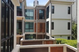 4 Bedroom Villa for rent in Khlong Toei Nuea, Bangkok near BTS Phrom Phong