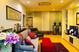 1 Bedroom Condo for sale in Baan Sathorn Chaopraya, Khlong Ton Sai, Bangkok near BTS Saphan Taksin