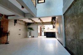 3 Bedroom Townhouse for rent in Khlong Toei, Bangkok