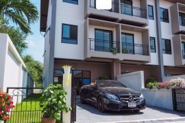 4 Bedroom House for sale in Pattaya, Chonburi