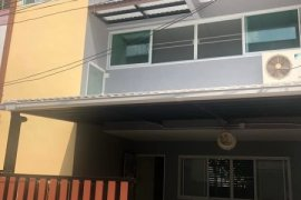 4 Bedroom Townhouse for rent in Khlong Toei, Bangkok near BTS Nana
