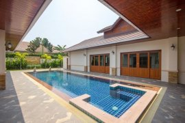 4 Bedroom Villa for sale in Hin Lek Fai, Prachuap Khiri Khan