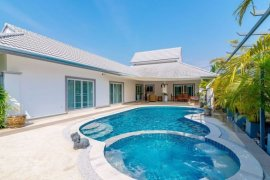 3 Bedroom Villa for sale in Thap Tai, Prachuap Khiri Khan
