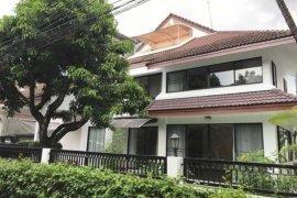3 Bedroom House for rent in Khlong Toei, Bangkok