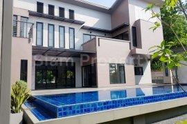 6 Bedroom House for rent in Khlong Tan Nuea, Bangkok
