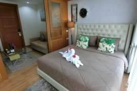 1 Bedroom Serviced Apartment for rent in Surasak, Chonburi