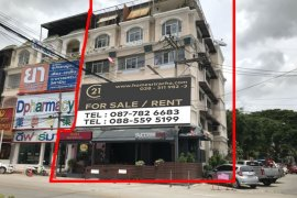 16 Bedroom Shophouse for Sale or Rent in Si Racha, Chonburi