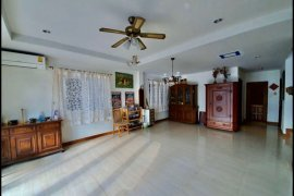 4 Bedroom House for Sale or Rent in Mabprachan Lake, Chonburi