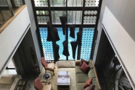 4 Bedroom House for sale in Khlong Tan Nuea, Bangkok