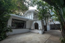 3 Bedroom House for rent in Lumpini, Bangkok