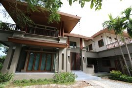 4 Bedroom House for sale in Mae Hia, Chiang Mai