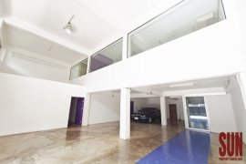 Commercial for Sale or Rent in Khlong Tan, Bangkok near BTS Phrom Phong