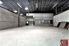 Warehouse / Factory for rent in Phra Khanong Nuea, Bangkok near BTS Phra Khanong