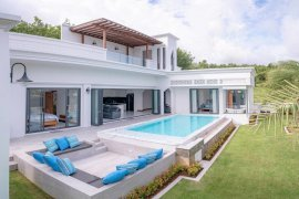 3 Bedroom Villa for sale in Si Sunthon, Phuket
