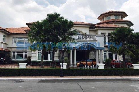 6 bedroom villa for sale in Nuan Chan, Bueng Kum