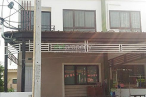 2 bedroom townhouse for rent in Pluak Daeng, Rayong